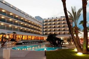 Fachada del hotel RH Bayren