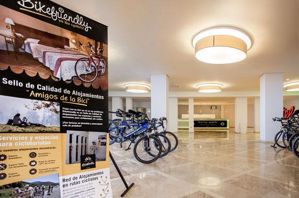 sala bicicleta hotel bayren gandia