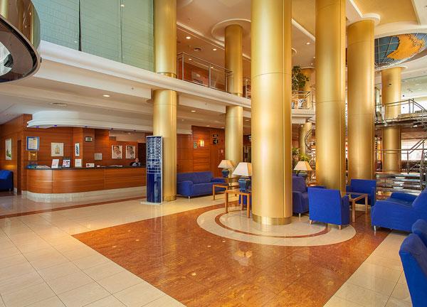 recepción hotel rh victoria