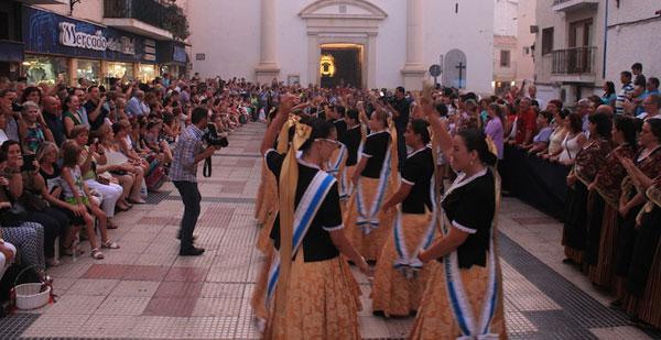 desfile fiestas patronales benidorm
