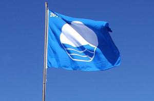 calidad de playa bandera azul