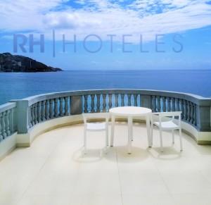terraza-gastrohotel-rh-canfali-vistas-al-mar