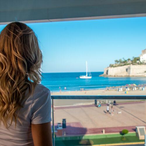 Habitación con vistas al mar del Hotel RH boutique Portocristo en Peñíscola